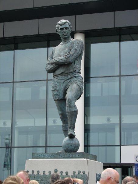 Statue of Bobby Moore at Wembley