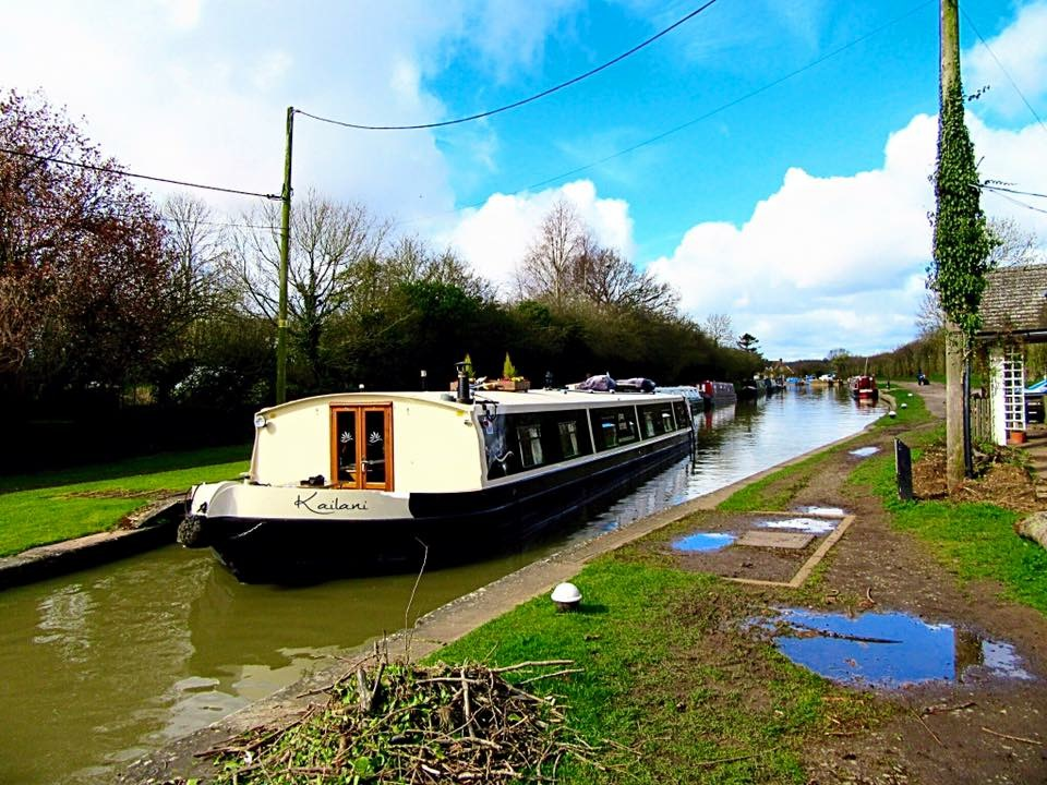England: 5* Hotel Boat Kailani – Cruising The Grand Union Canal, The Midlands