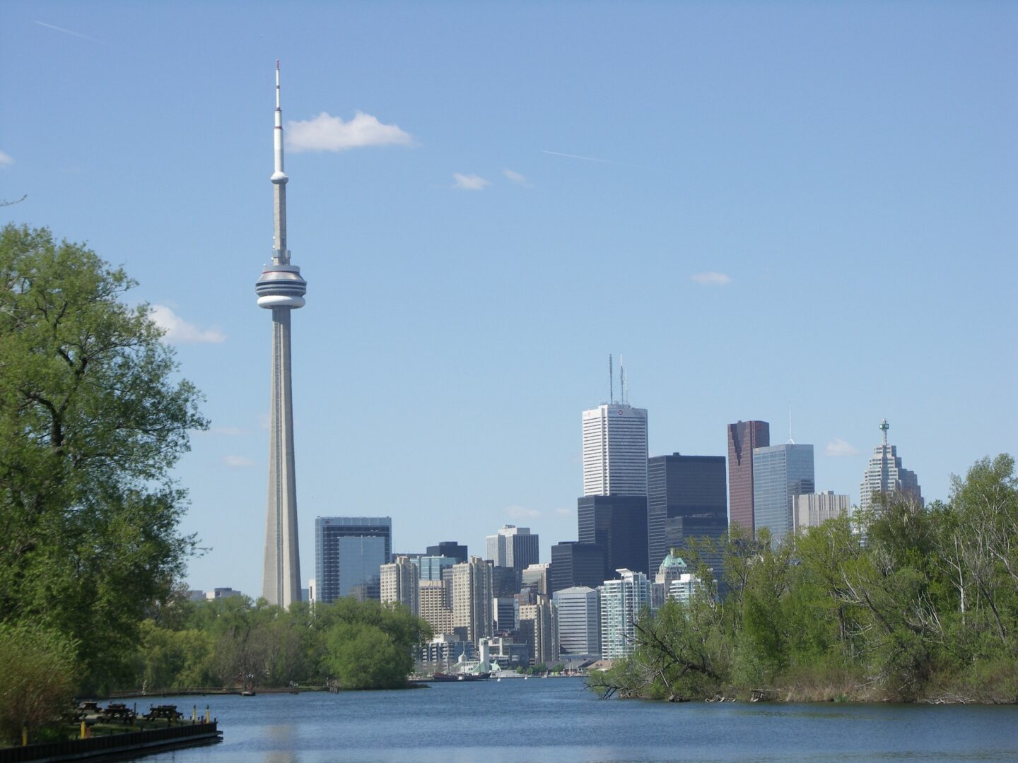 Guest Post: Canada: Four Things You Must Do In Toronto