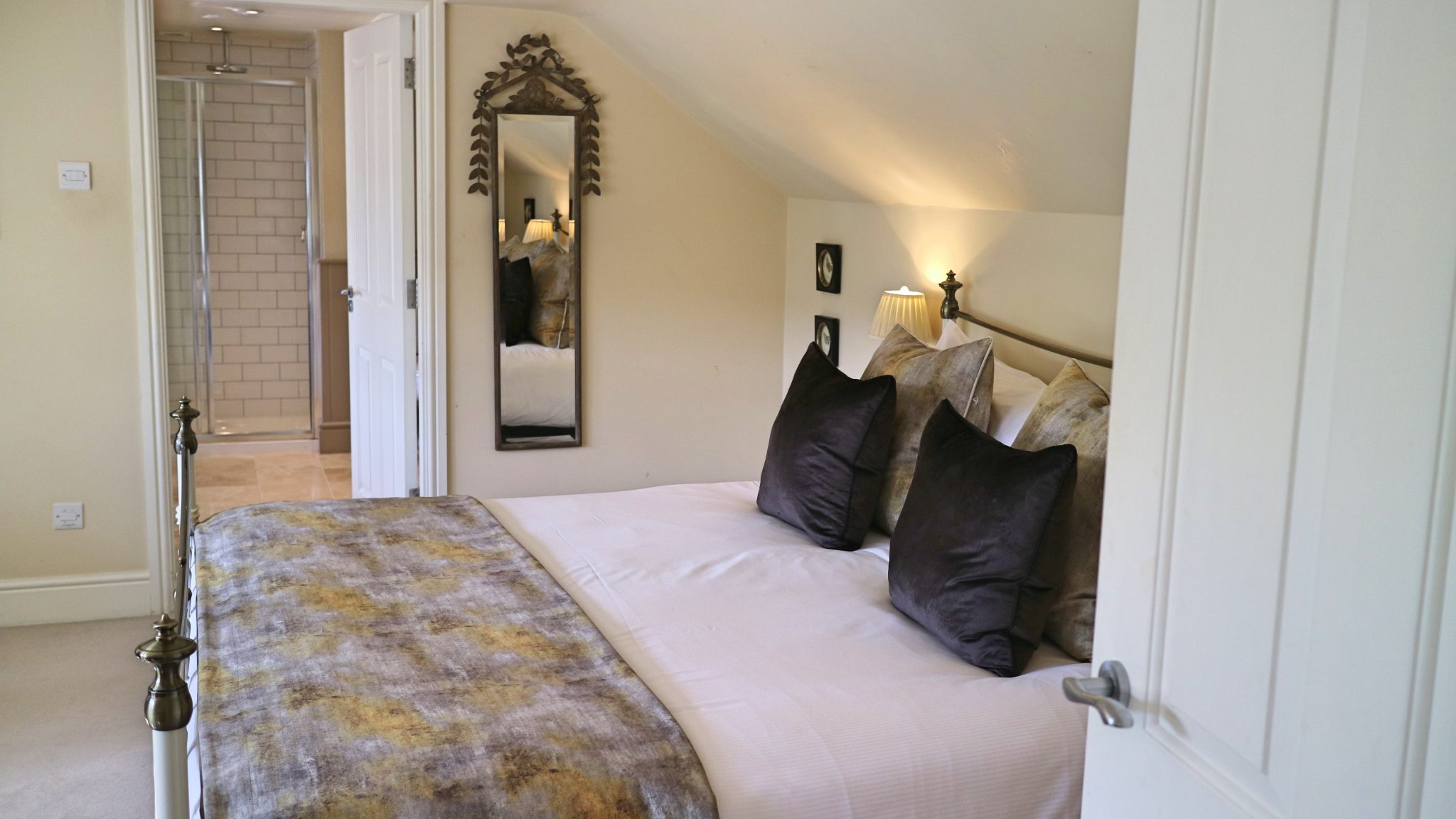 Room 2 at The Plough, Lupton