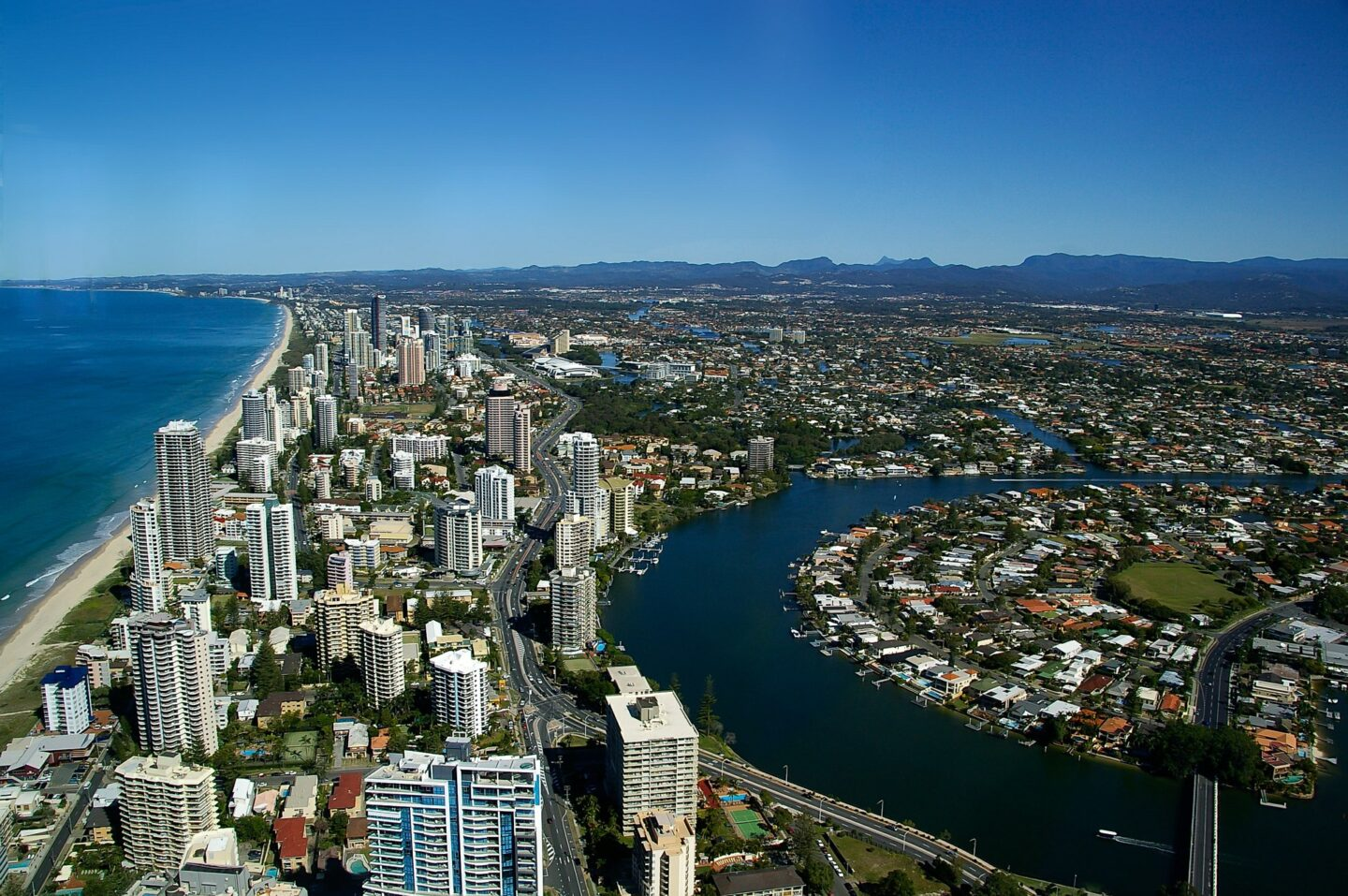 Australia: You May Need A Hand When Exploring Queensland