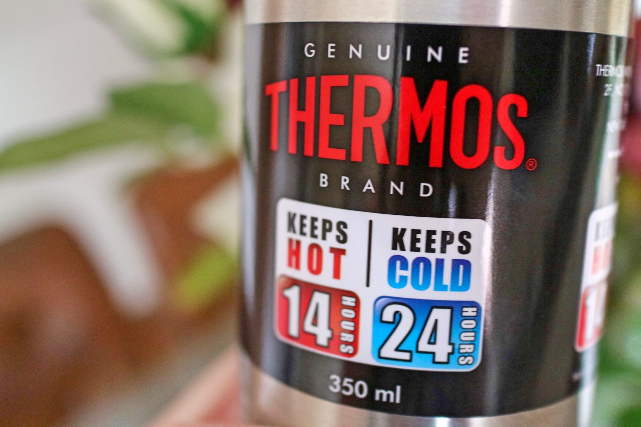 Product Review: Thermos Light and Compact Flask, 0.35L Keeping Drinks Hot or Cold