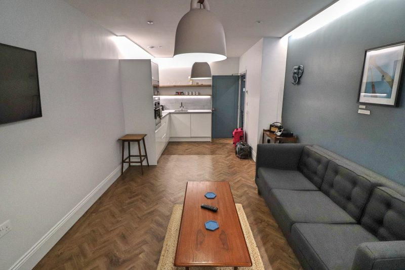 Hideout Hotel, Living Space 2, Hull