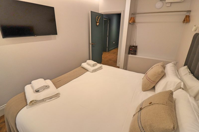 Hideout Hotel Bedroom 2, Hull