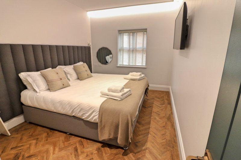 Hideout Hotel Bedroom, Hull