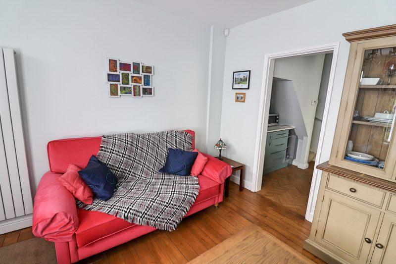 Artists' Corner Sofa, Harrogate