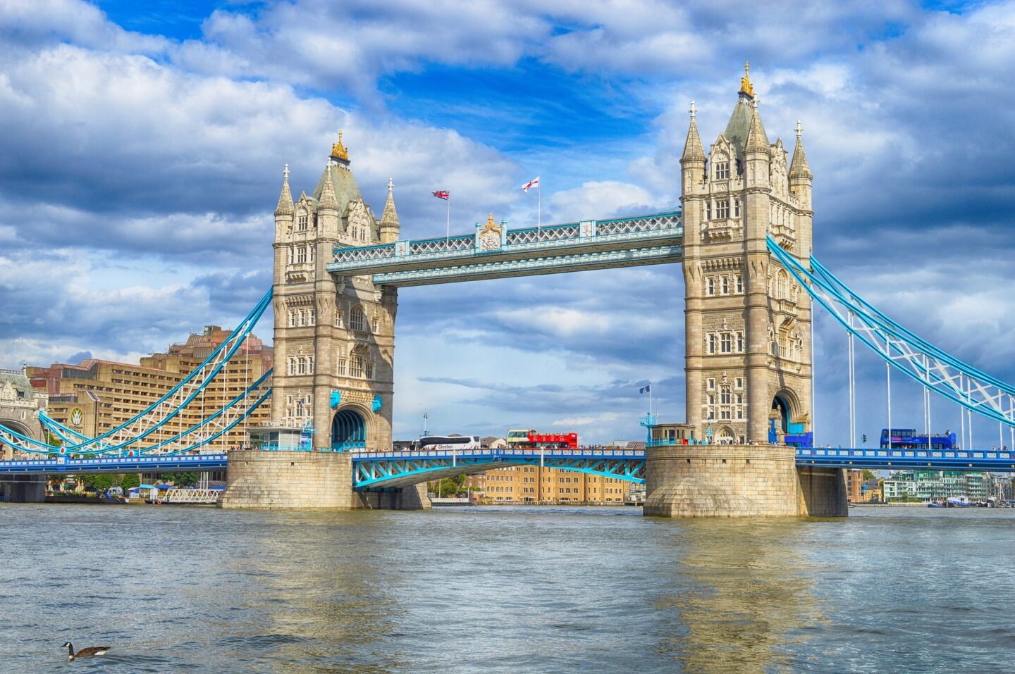 England: 10 Things to Do During Your First Visit to London