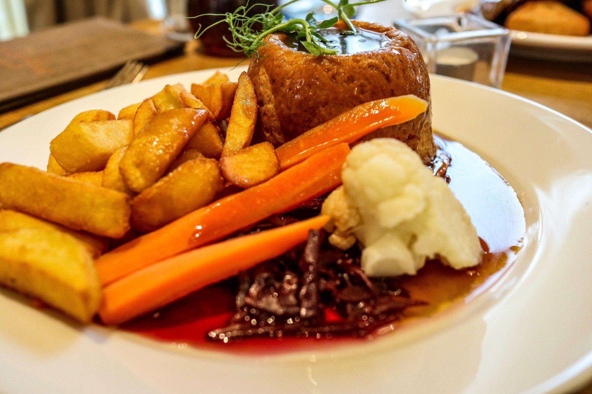 Sunday Lunch at Keswick Reach Lodge Retreat, The Lake District